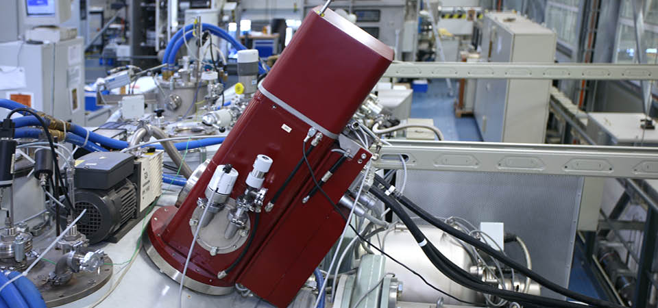 [] High-Power Electron Beam Gun